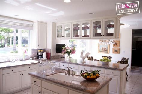 Khloe Kitchen Cabinets by Khloe Home Pics Search Renovation