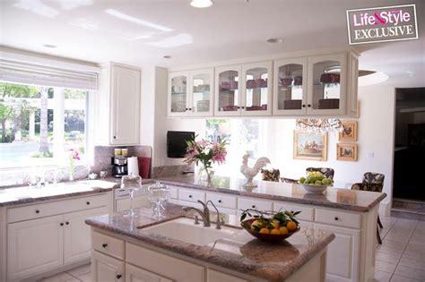 khloe kardashian house interior khloe kardashian home pics google search renovation pinterest the natural