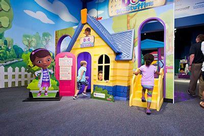 doc mcstuffin bedroom ideas elegant this little miggy doc mcstuffins playhouse doc mcstuffins toy hospital