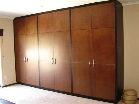 How To Build Bathroom In Basement by Built In Cupboards Select A Kitchen