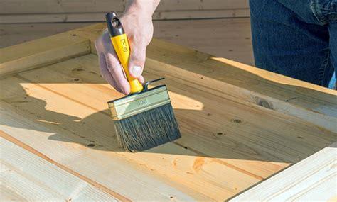 Richtig Lackieren Holz by Holz Streichen Selbst De