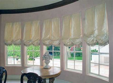 how to make balloon curtains at home 15 classy window decorating ideas balloon curtains