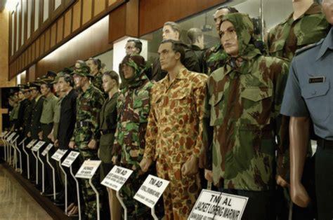 Seragam Militer 30 negara kenakan seragam militer buatan indonesia oleh