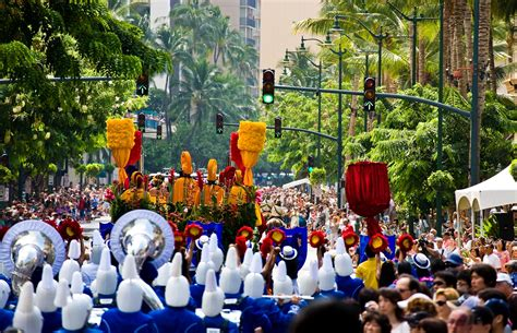 new year parade waikiki color and culture the aloha festivals in hawaii hawaii