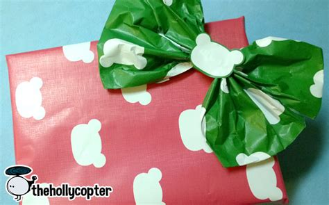 zazzle wrapping paper bow tutorial giveaway - Hollycopter Giveaway