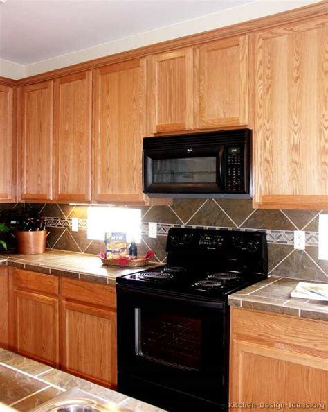 Kitchen Cabinets With Backsplash Pictures Of Kitchens Traditional Light Wood Kitchen