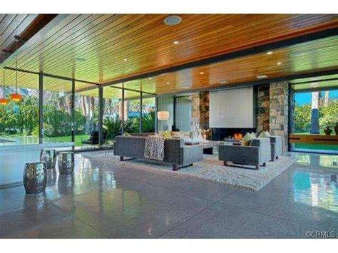 leonardo dicaprio s house leonardo dicaprio buys in palm springs zillow porchlight