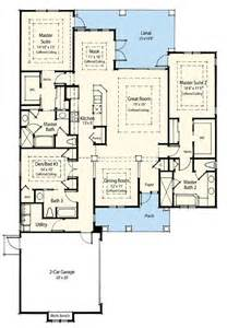 Double Master Bedroom Floor Plans Dual Master Suite Energy Saver