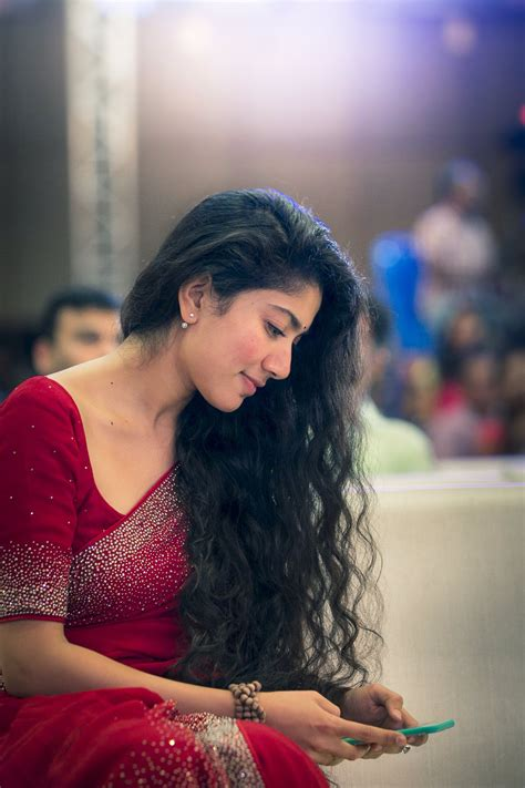 heroine photos download photos sai pallavi new latest hd photos fidaa movie heroine sai