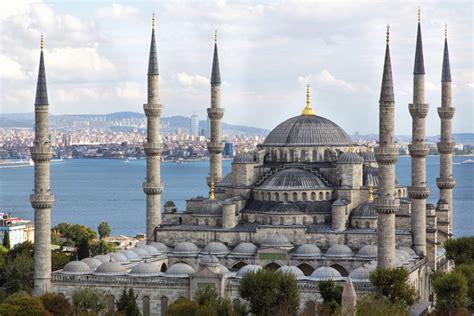 Cangkir Tumpuk Indo Keramik masjid biru istanbul turki travelezo daftar tempat objek wisata di indonesia