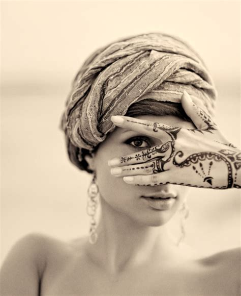 muslim symbol tattoo beautiful eyes girl muslim symbol tattoo image