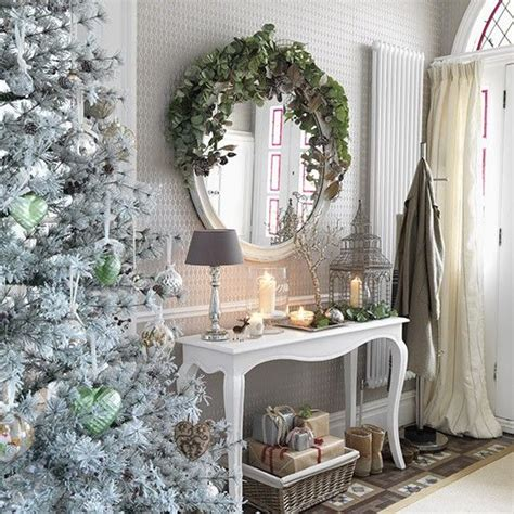 modern country style ten country christmas hallway ideas