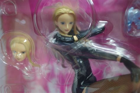Megahouse Pop Limited Edition Re Cavendish one portrait of pop limited edition carifa megahouse mykombini