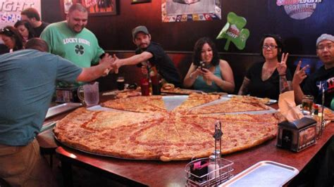 table pizza sizes 18 most outrageous pizza creations made amazing