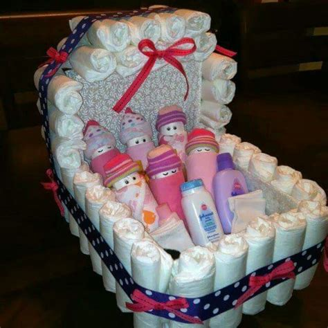 How To Make Baby Shower Centerpieces With Diapers by 25 Best Ideas About Bassinet On