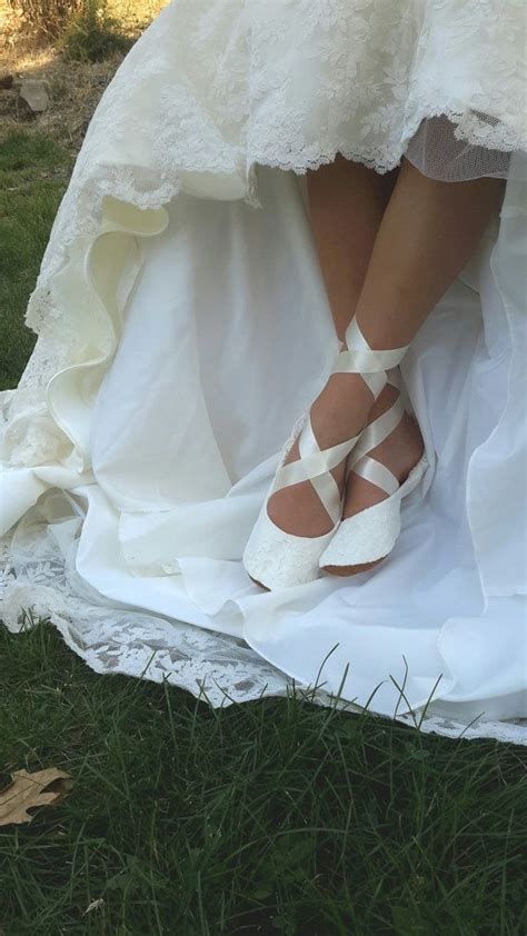 25 best ideas about wedding shoes ivory on