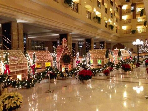 beautiful hotel christmas display amazing picture of