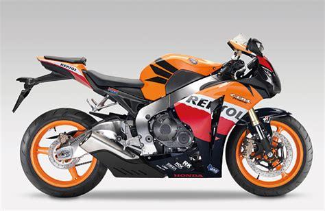 Motorrad Und Sport by Honda Mit 3 Fahrern Motorrad Sport