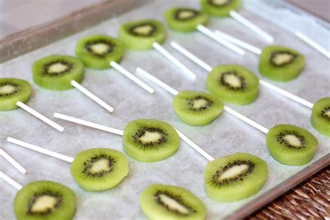 Cangkir Dua Lapis resep segarnya es loli kiwi lapis cokelat merdeka