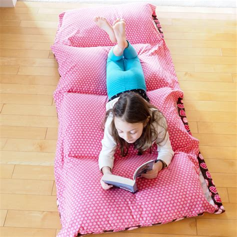 1000 images about reading pillows for your bed on how to make a cozy pillow bed dabbles babbles