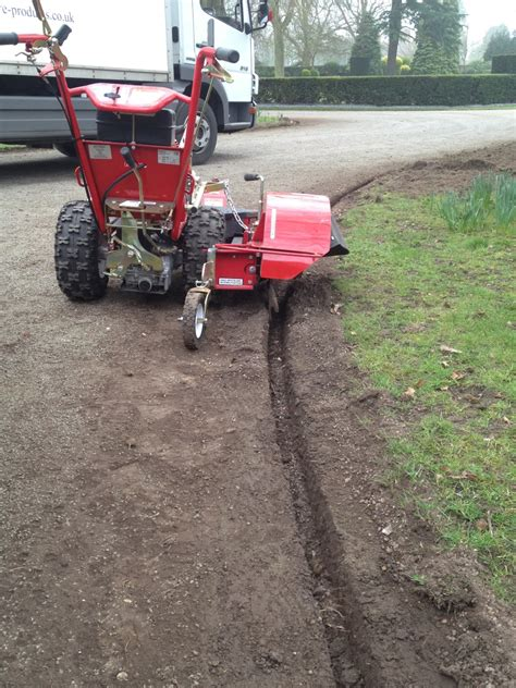Landscape Edging Machine Leicestershire County Council Purchase A Turfteq Grass