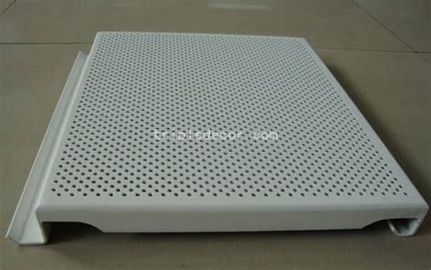 china spray coating processing square perforated aluminum