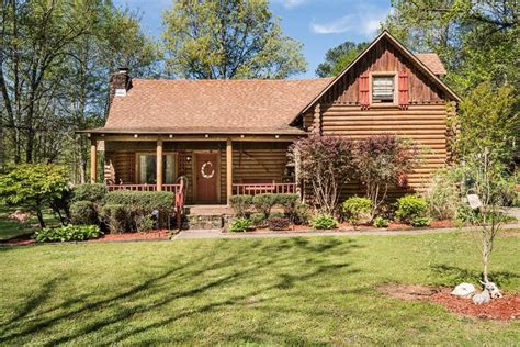 log cabins youll      year long boardwalk property management