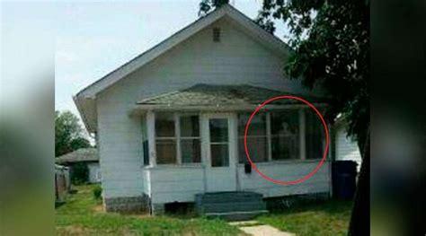 foto de una casa es una historia real derrumban en estados unidos una casa