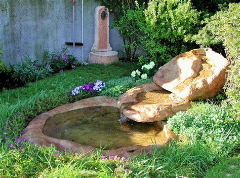cascata giardino cascata moderna da giardino design casa creativa e