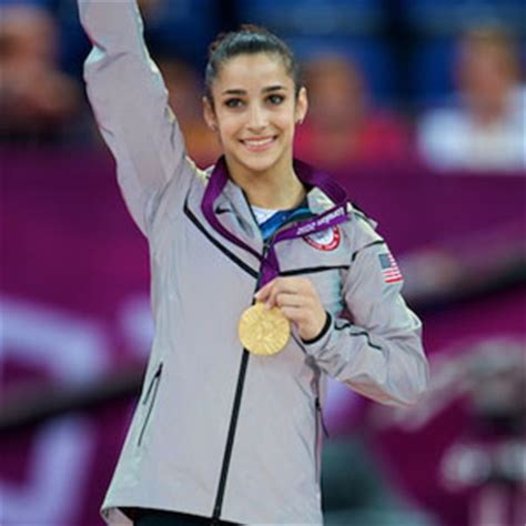 usa gymnastics   raisman to be honored by the women's