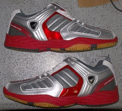 Sepatu Badminton Airquila Coklat Abu Abu toko jual sepatu bulutangkis badminton original murah merah