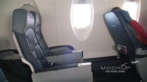 delta airlines comfort class delta comfort plus row 5 aboard a crj 900 video modhop com