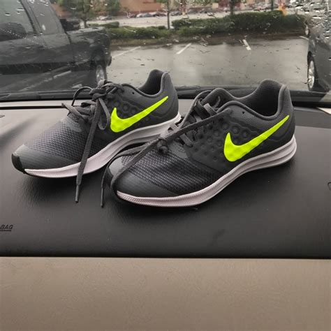 neon yellow nike running shoes 6 nike shoes nike neon yellow and grey running