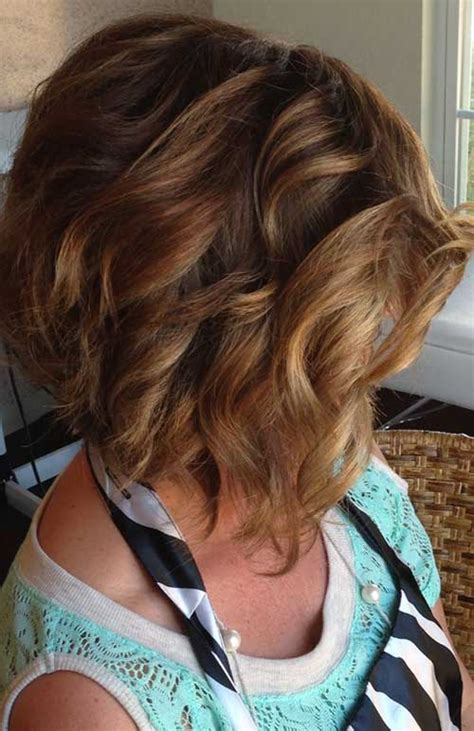 using a fork to cut bob stacked haircut using fork and clipper