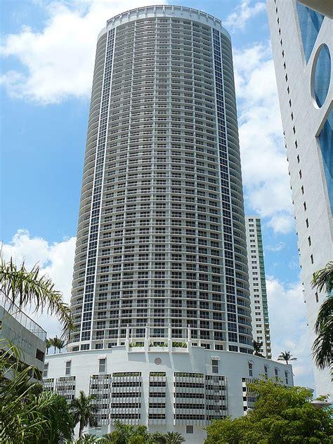 Opera Tower   Wikipedia