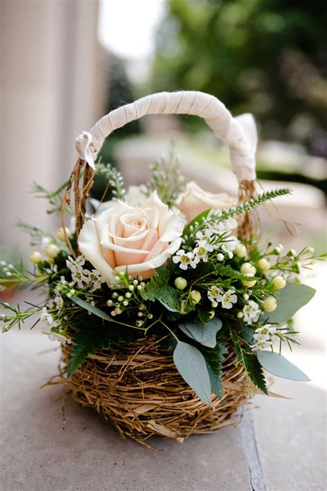 Flower Wedding Baskets by Flower Basket Captures Pretty To Ignore Mon
