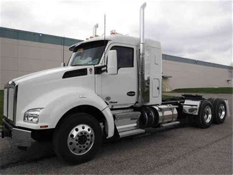 kenworth trucks 2017 kenworth t880 2017 sleeper semi trucks