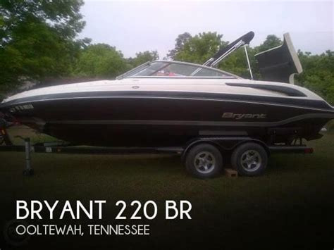 bowrider boats for sale in tennessee bryant new and used boats for sale in tennessee