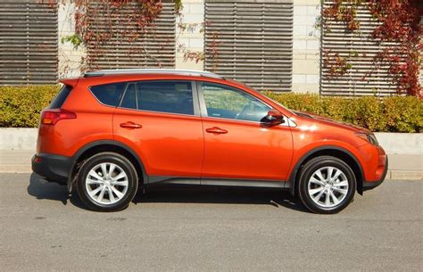 2015 Toyota Rav4 Limited Review Suv Review 2015 Toyota Rav4 Awd Limited Driving