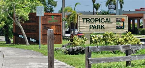 sw house boat rental tropical park miami dade county