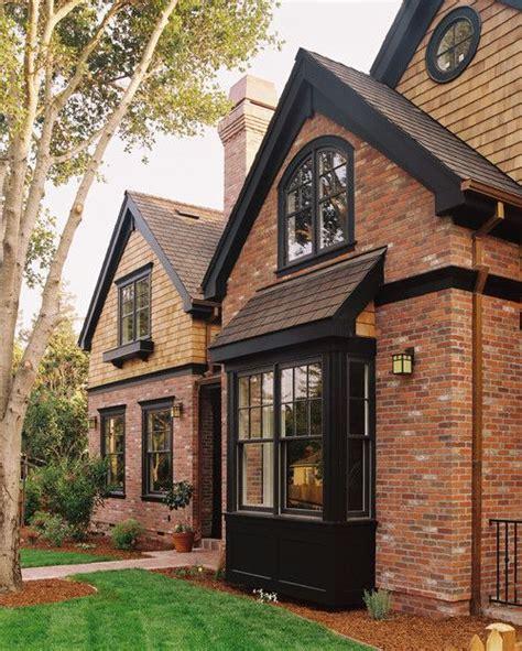 exterior window trim on brick house brick house trim on pinterest house siding colors orange brick houses and brown