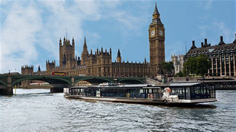 thames river boat cruise with jazz thames lunch cruise and coca cola london eye for two red