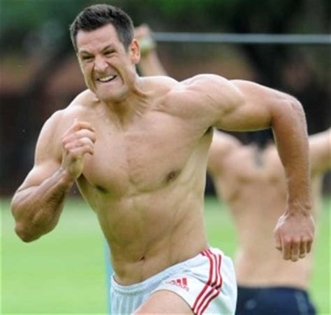 andrew sheridan bench press 15 of the most jacked rugby players