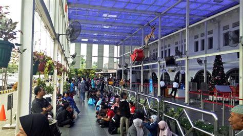 Gambir Alami H 1 Natal Stasiun Pasar Senen Dan Gambir Alami Pelonjakan