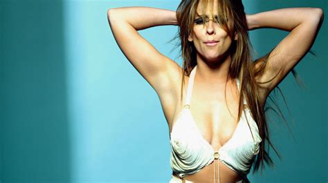 jennifer love hewitt latest news pictures videos and jennifer love hewitt biography news photos and videos