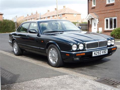 new jaguar owner here with a few problems