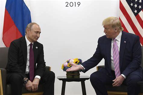 trump jokes  putin dont meddle   election