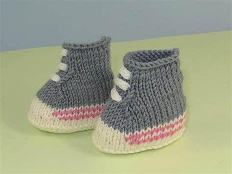 knitted baby boots pattern baby simple basketball boots booties by madmonkeyknits