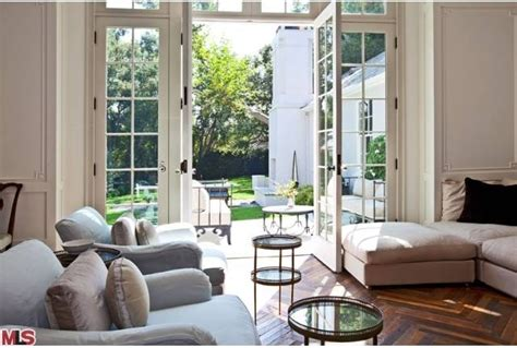 gwyneth paltrow house celebrity real estate round up gwyneth paltrow chris