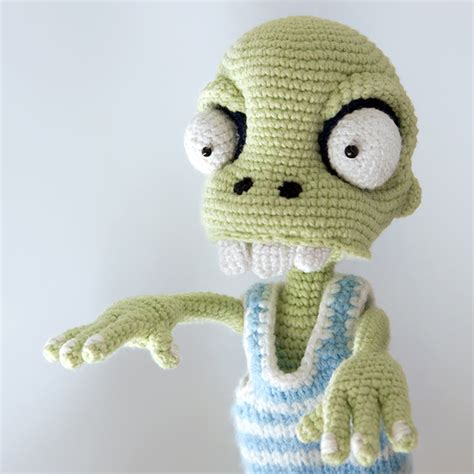 crochet pattern zombie crochet zombie patterns creatys for